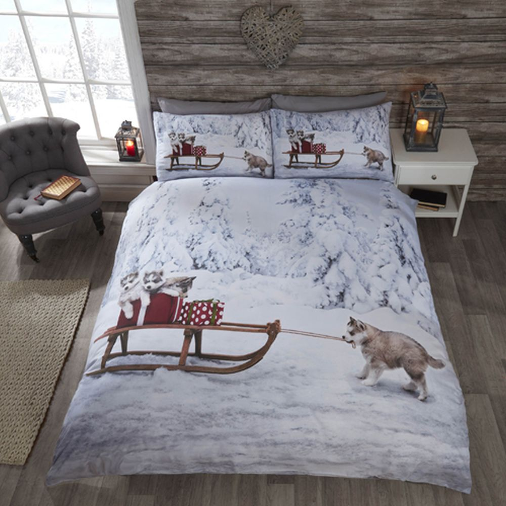 Christmas Huskies Duvet Cover and Pillow Case Set Single Double or King