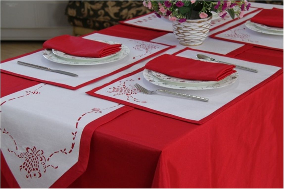 Christmas Jingle Bell Table Linen